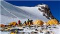 Bảo vệ môi trường: Xu hướng 'sống xanh' lan tới đỉnh núi cao nhất thế giới