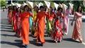 Tuần lễ Áo dài 2021: Tôn vinh tà áo dài Việt Nam