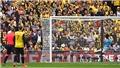 Sterling xin lỗi vì 'cướp' bàn thắng của Gabriel Jesus ở chung kết cúp FA