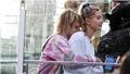 Justin Bieber hoãn cưới để tính kỹ chuyện tiền nong