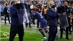 Cảnh sát phải bảo vệ Neymar trong trận PSG hòa Marseille