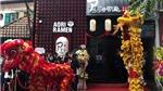 Fan Việt nô nức xếp hàng chờ đến lượt trong ngày khai trương tiệm mì của Seungri - Big Bang