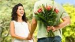 Khi chồng tặng hoa