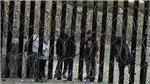 Tiêu điểm trong ngày: Bức tường 'không khoan nhượng'