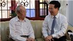 Ngày Nhà giáo Việt Nam 20/11: Trưởng ban Tuyên giáo Trung ương Võ Văn Thưởng thăm Giáo sư, Tiến sĩ Trần Hồng Quân