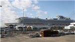 Dịch COVID-19: Hai bệnh nhân đầu tiên trên du thuyền Diamond Princess tử vong
