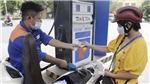 Giá xăng liên tục tăng mạnh gây áp lực lên cước vận tải, giá tiêu dùng