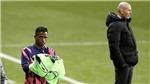 Real Madrid: Trải thuốc súng dưới chân Zidane