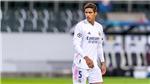 Hàng thủ Real Madrid: Varane dưới cái bóng Ramos