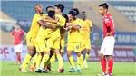 Cầu thủ Việt Nam rộng lượng không kém đồng nghiệp trên thế giới