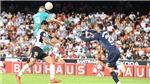 'Người khổng lồ' Benzema lại nâng đỡ Real Madrid