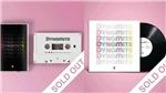 BTS: Đĩa than, băng cassette 'Dynamite' sắp 'cháy hàng' sau đợt phát hành có giới hạn