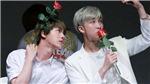 'Cưng xỉu' những lần RM và Jin 'dính nhau như sam'