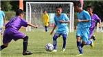 Công Vinh giúp cầu thủ nhí tỏa sáng