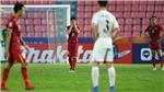 Nhận thẻ đỏ, Đình Trọng  vẫn là người hùng thầm lặng của hàng thủ U23 Việt Nam