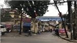 Nghệ sĩ Hãng phim truyện Việt Nam căng băng rôn phản đối cắt lương, bảo hiểm