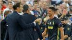 Ronaldo nhận thẻ đỏ, khóc rời sân ở trận Juventus thắng Valencia 2-0