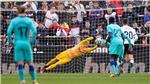 Bóng đá hôm nay 26/1: U23 Úc giành vé dự Olympic. Barca thua Valencia. Bayern thắng 5 sao