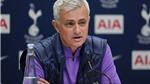 VIDEO bóng đá: Jose Mourinho, từ Người đặc biệt kiêu ngạo tới Người khiêm tốn ở Tottenham