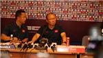 HLV Park Hang Seo trả lời cực đỉnh, khiến phóng viên UAE im lặng khi hỏi về chiếc thẻ đỏ