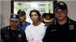 Ronaldinho ra tù sau 32 ngày bị giam giữ tại Paraguay