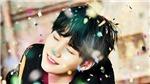 Suga BTS là ông bố chuẩn không cần chỉnh, fan thích thú ngắm vẻ mãn nguyện của anh khi bên 'con'