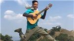 Chàng trai đi bộ xuyên Việt 113 ngày tiêu đúng 100 ngàn ra mắt sách