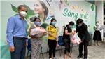 Quỹ từ thiện Vietlife và mạnh thường quân trao tặng nhu yếu phẩm hỗ trợ cho hộ nghèo phường 13 quận 10, TP.HCM