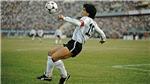 Maradona qua đời: Pele hẹn chơi bóng trên thiên đàng. Napoli đổi tên sân tri ân huyền thoại