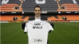 Valencia cầm chân được Barca là điềm lành dành cho Gary Neville