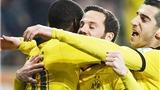 Augsburg 1-3 Dortmund: Không Aubameyang, không vấn đề