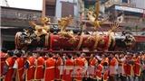 Đầu Xuân vạn người trẩy hội rước pháo khổng lồ Đồng Kỵ, Bắc Ninh