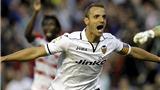 Vì Gareth Bale, Tottenham sẵn sàng mua Soldado với giá kỷ lục