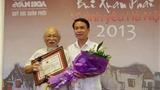 Nhà nhiếp ảnh Quang Phùng nhận Giải thưởng Lớn 'Vì tình yêu Hà Nội'