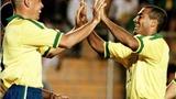 Hai cựu danh thủ Brazil Romario và Ronaldo 'khẩu chiến' vì World Cup 2014