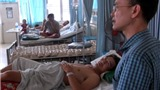 VIDEO: Lật xe ở Thái Lan, 5 người Việt bị thương