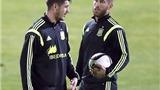 Đâu chỉ Ramos, Morata cũng mê tín