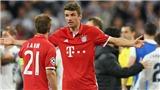 Thomas Mueller bức xúc vì '10 cầu thủ Bayern phải chống lại 14 người'