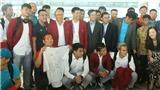 Đông đảo CĐV tiễn Olympic Việt Nam rời Indonesia về nước