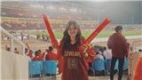 Bóng hồng Việt Nam lọt vào top những CĐV nữ ấn tượng nhất AFF Cup 2018