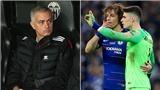 Mourinho gây sốc khi ủng hộ Kepa 'bật' Sarri