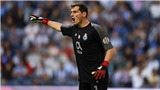 Cựu thủ môn Real Madrid, Iker Casillas, sắp thông báo giải nghệ sau cơn truỵ tim