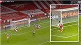 Arsenal: CĐV chán nản trước pha bỏ lỡ không tưởng của Aubameyang