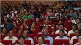 Phó Chủ tịch Quốc hội Uông Chu Lưu dự xem Liên hoan Chèo toàn quốc tại Bắc Giang