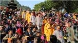 VIDEO: Khai hội chùa Hương
