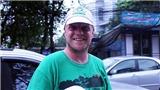 'Ông tây dọn rác' với COVID-19: Hãy làm điều gì đó để bày tỏ sự biết ơn đến Việt Nam
