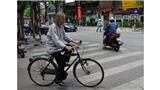 Họa sĩ Lương Xuân Đoàn: Chầm chậm nhịp điệu từng vòng xe