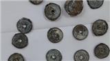 Ngư dân phát hiện 770 kg tiền xu cổ ở biển Vũng Chùa Đảo Yến: Có khai quật?