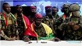 Lực lượng đảo chính bắt giữ tổng thống Guinea, giải tán chính phủ