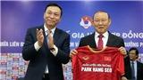 Giấc mơ châu lục của bóng đá Việt Nam từ hợp đồng 3 năm với HLV Park Hang Seo